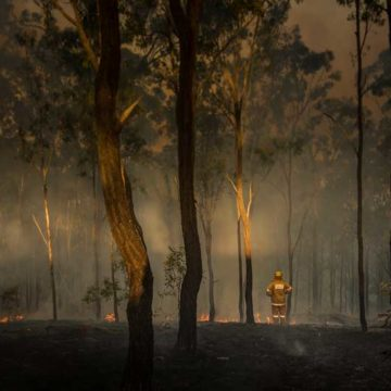 NSW and ACT bushfires: Reports of property losses after blazes flare
