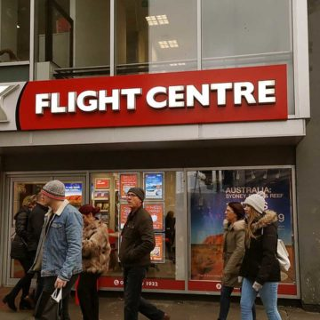 Flight Centre to close up to 100 stores