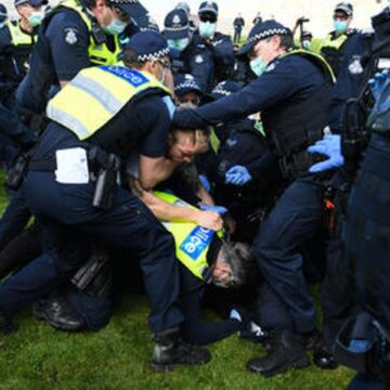 Several people arrested in NSW 'Freedom Day' protests vs COVID restrictions