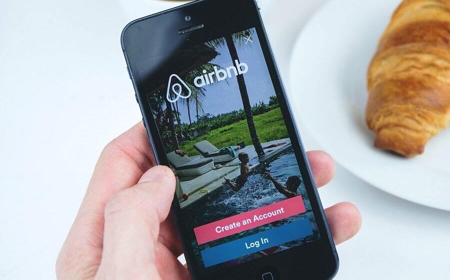 Airbnb files to go public, turned a profit last quarter