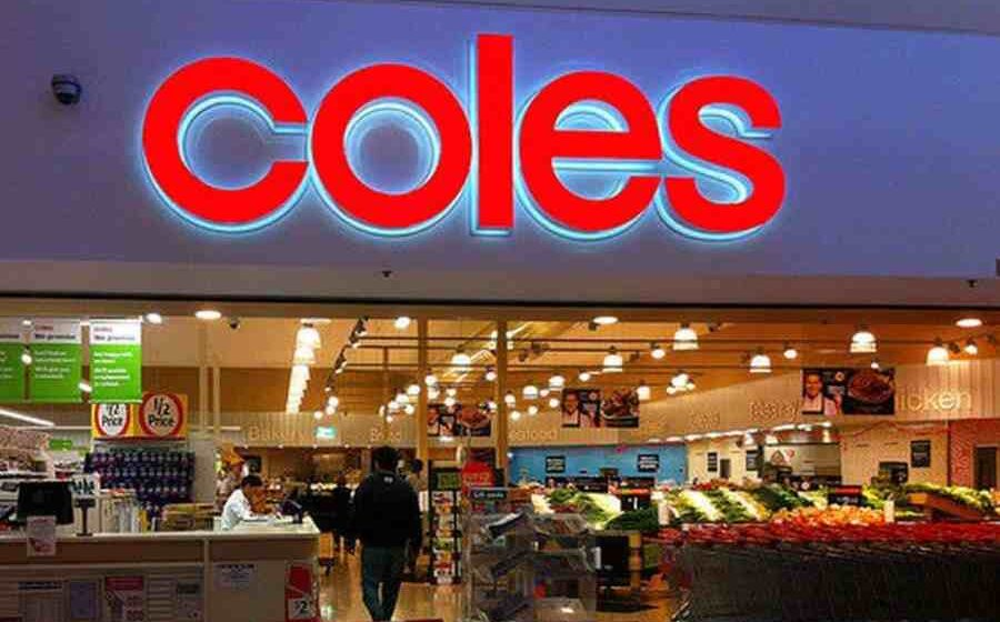 Coles supermarket workers go on strike at NSW warehouse