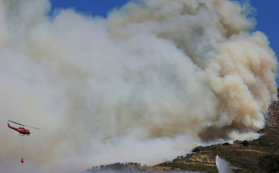Fire breaks out in Cape Town's Table Mountain National Park