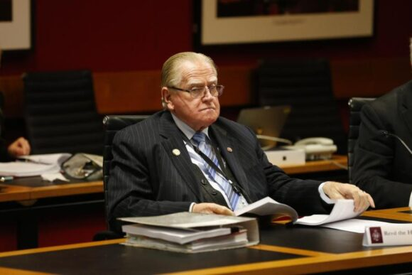 Reverend Fred Nile to quit NSW politics, names Lyle Shelton as successor
