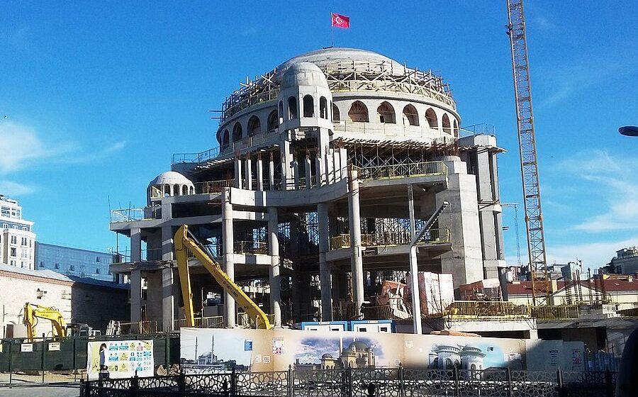 Erdogan inaugurates controversial mosque in Istanbul's Taksim Square