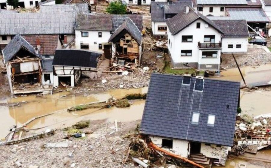 Germany rejects criticism over flood warnings